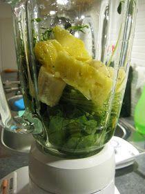 Gröna smoothies är powerfood som är sprängfyllda av näringsämnen. Den går snabbt att göra och är ett jättebra sätt att både bli mätt, fyl...