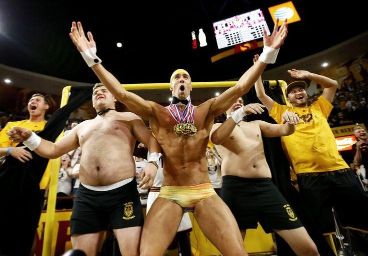 Michael Phelps went full Speedo for Arizona State's 'Curtain of Distraction' #Sport #iNewsPhoto