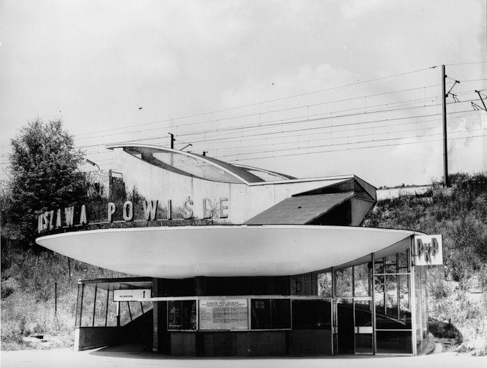 """Dolny pawilon stacji PKP Powiśle, Warszawa, lata 60' / Railway station """"Powiśle"""" - lower pavilion, Warsaw, Poland, 60's"""