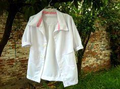 Paso a paso, como hacer una bata de doctor para niño, #Fiesta #DoctoraJuguetes…