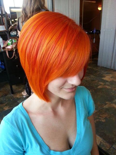 Λαμπερά προκλητικά και...πορτοκαλί μαλλιά!!!