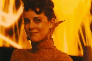 Katniss Everdeen Actually Belongs With Johanna Mason