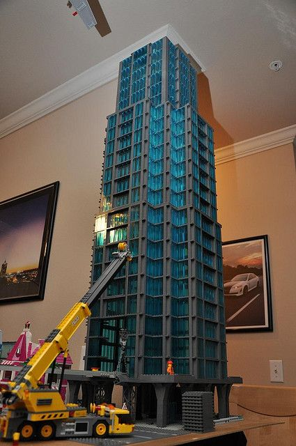 LEGO Sky Scraper. 23 floors and counting..