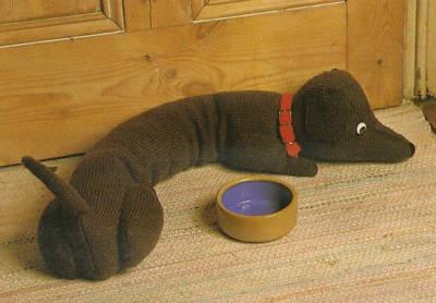 Knitting Pattern For Sausage Dog Draught Excluder : DOG DRAUGHT EXCLUDER SEWING PATTERN My Sewing Patterns