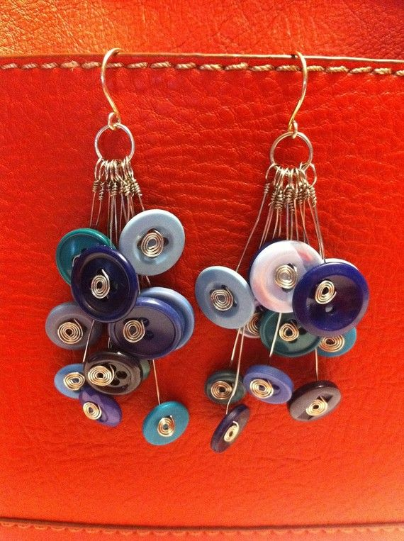Need to try this one and use up all those little buttons. Looks easy and what a unique pair if earrings you will have.