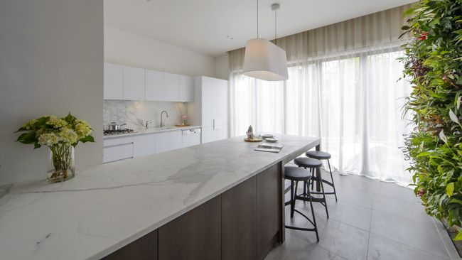 Beautiful, airy and sophisticated kitchen from Josh and Jenna of The Block. My favourite room across all houses