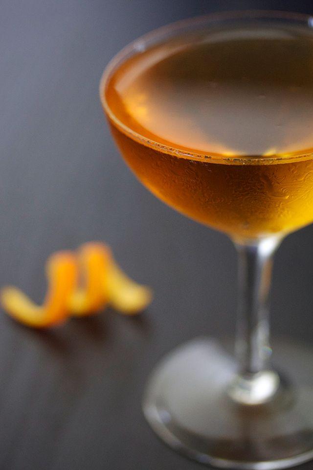 Georgetown Cocktail // HonestlyYUM