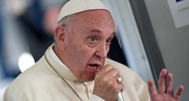 """#ACTUALIDAD #FVnoticias: Aprovecharse para intereses propios, una """"tentación grave"""": Papa Francisco: Follow @DonfelixSPM   Consideró…"""