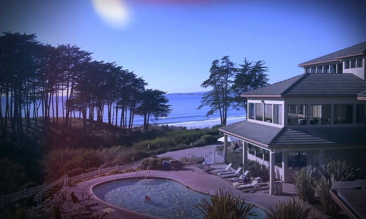 I spent a weekend at this place.. Seascape in Aptos Ca......     Resort and spa .....   I give it 10 stars
