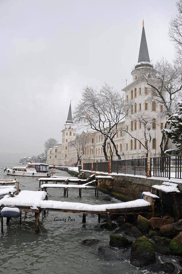 İstanbul Kuleli military high school winter.