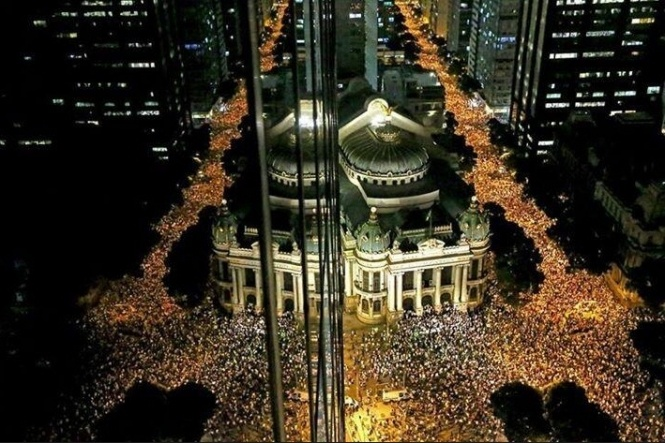 Protests in Brazil - Ato Pacífico - Cinelândia - Rio de Janeiro - Brazil