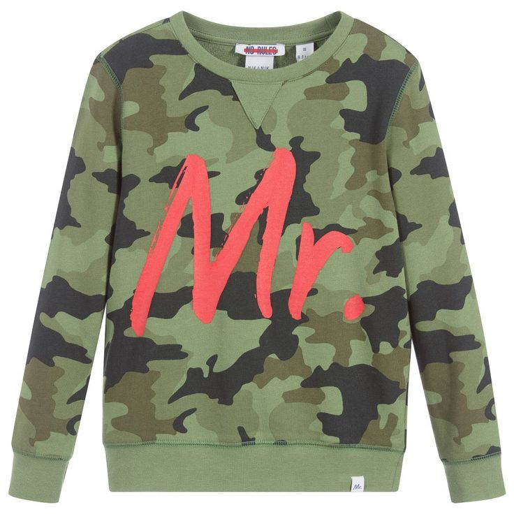 Green camouflage sweatshirt for boys by Nik & Nik, with a large 'Mr' print on the front. Made in soft mid-weight cotton jersey, it is super comfortable and easy to wear.  Model: Height 142 cm (average age 10) Size of sweatshirt worn in the photo: 9-10 years