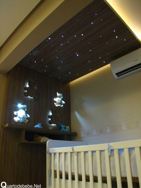 quarto de bebê com teto estrelado: De Bebê