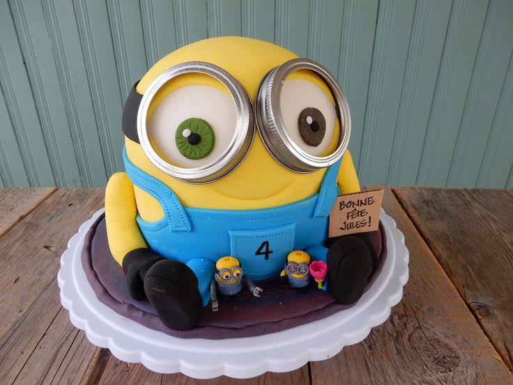 Cousine Marie-Eve, aussi appelée Fée des gâteaux, a une fois de plus confirmé son talent de pâtissière en confectionnant ce magnifique gâteau pour son plus jeune fils, Jules, qui a eu 4 ans il y a …