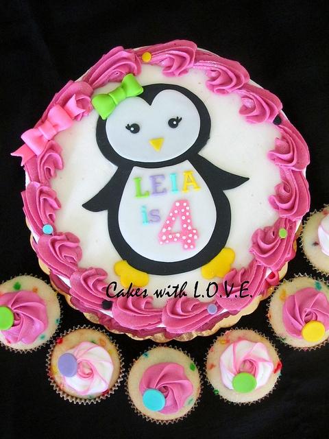 Penguin cake & cupcakes