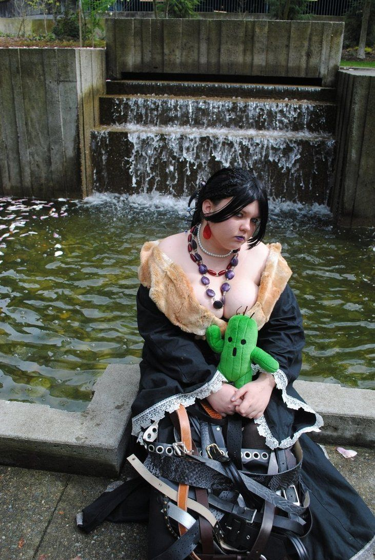 cosplay, plus size, Lulu, Final Fantasy, costume, convention, DIY, sewing