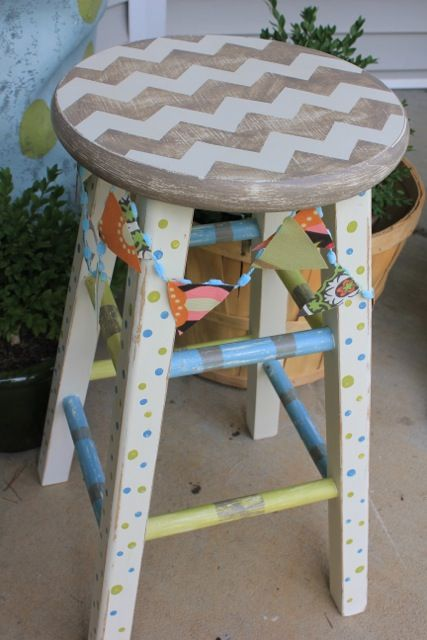 chevron stool using #FrogTape