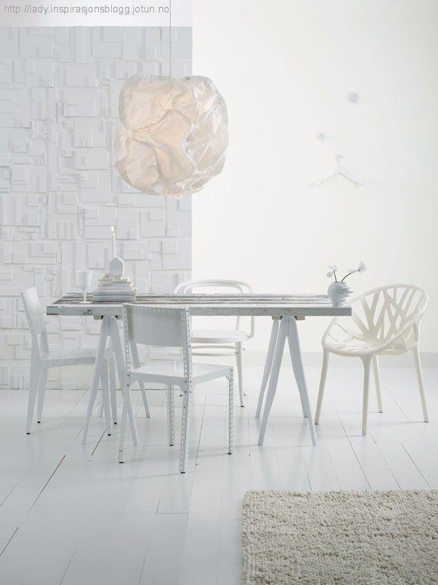 Litt om hvitt - LADY Pure Color 7236 Chi