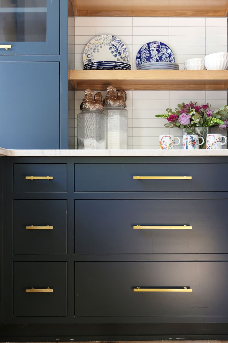 Best Pin By Cbc Builds On Midtown Build Kitchen Cabinets 400 x 300