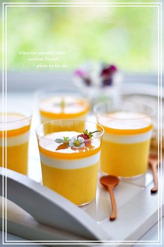 Creamy+Melting+Triple-layered+Mango+Pudding