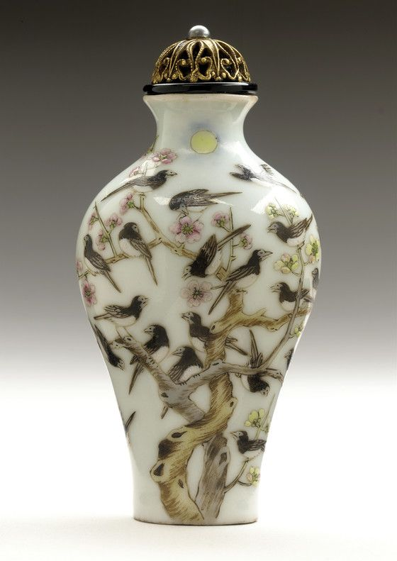Snuff Bottle (Biyanhu) with Magpies and Blossoming Prunus | LACMA Collections