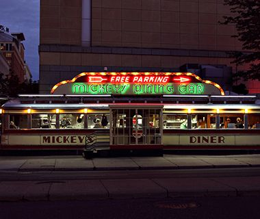 America's Best Diners: Mickey's Diner, St Paul, MN