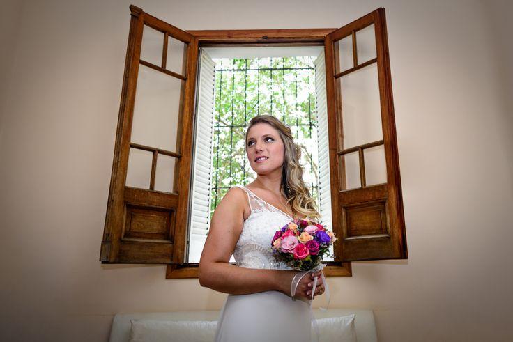 Abrir el corazón de par en par. . #MyD . #ChristianHolzFotografo . #Boda #PreBoda #Novia #Sesion #Eventos #FotografoDeBodas #Casamiento #Matrimonio #Casorio #Fotografo #Vestido #CasamientosEnArgentina #Bride #WeddingPhotographer #Wedding #PreWedding #Session #GettingReady #Love #Portrait #Casamento #Noiva #Noivo #BuenosAires #Caba #Capital #WPJAR #FearlessPhotographer