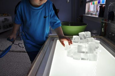 Ice cube igloo (then break them outside): Building Igloo, Igloo Building, Outdoor Play, Plays Building