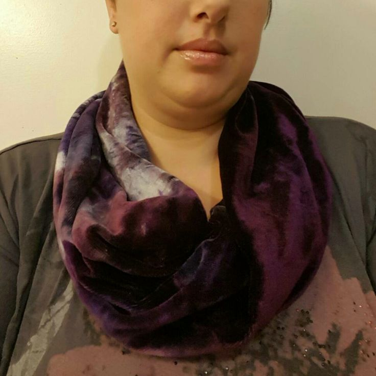 You too can make a lovely soft and cozy cowl from a fat half or less of obv.