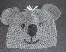 Kostenlose Standard-Versand in die USA für diese süße kleine Gestricken Koala Charakter Hat. Größe: Jugend mittelgroß bis groß.