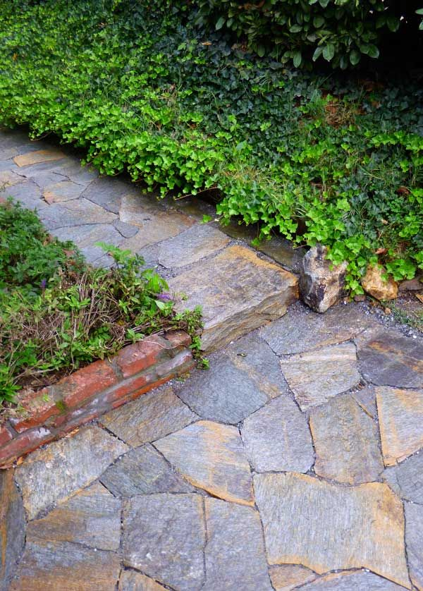 drystone stone walkway and step in Asheville by Hammerhead Stoneworks
