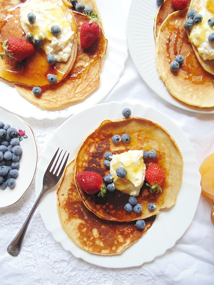 Love blueberries? Try these delicious blueberry pancakes at brendonthesmilingchef.com ;)