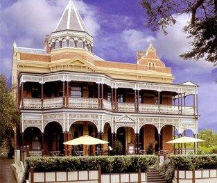 The Queenscliff Hotel