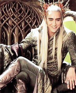 Lee, laughing while dressed up as Thranduil is one of the best things I've seen all week