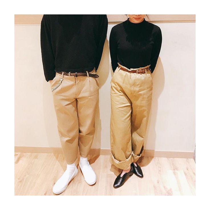 . ドレスコードなし 打ち合わせなしの 奇跡の双子コーデ . . #fashion #coordinate #ootd  #black #beige #brown  #チノパン #メッシュベルト  #双子コーデ #リンクコーデ http://www.butimag.com/fashion/post/1477630032599596801_1738676252/?code=BSBmK-SjD8B