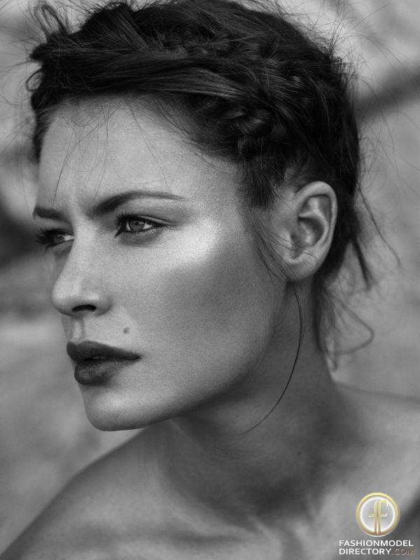 #Beautiful #Woman #Romania. #Fashion #Model #Celebrity #Beauty #Makeup #Photography #Fitness