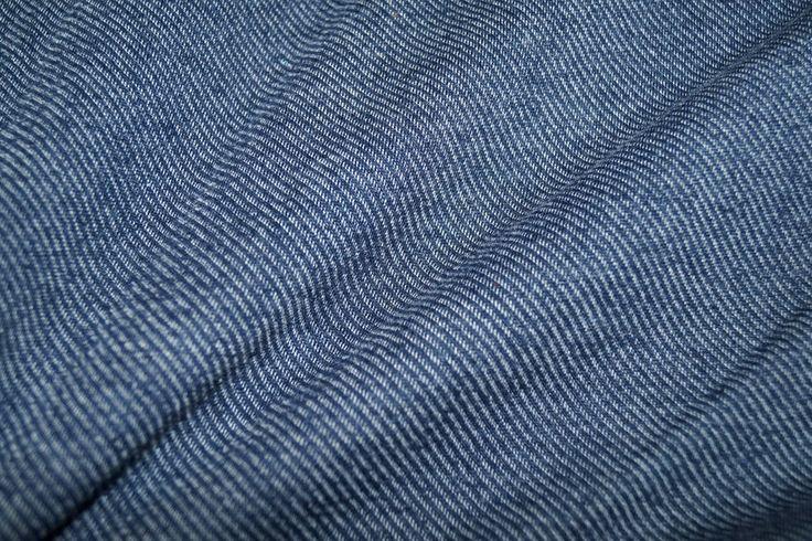 NB17 2132-008 Tricot gebreid fijne streep donkerblauw