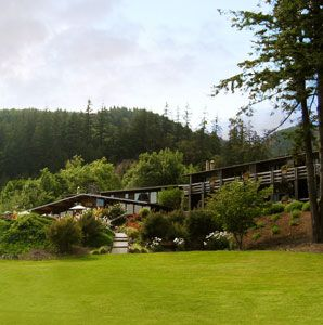 Tu Tu'Tun Lodge in Gold Beach, Oregon.