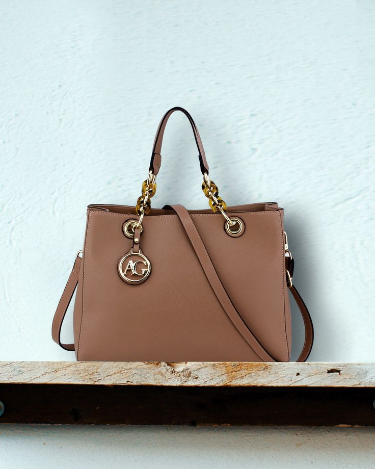Light shades are in trend and this handbag respects that.