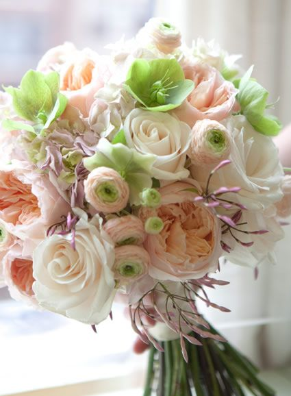 favorite bouquet i've seen in a loooong time! Garden Roses, Roses, Hydrangea, Ranunculus, Hellebores and Jasmine