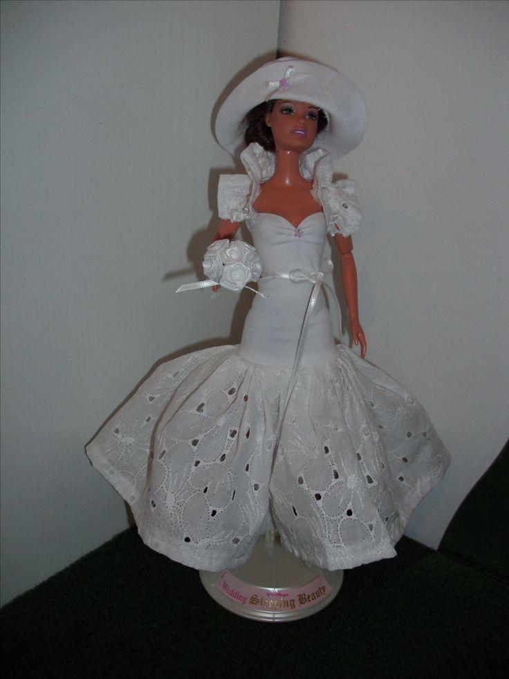 wedding dress Barbie