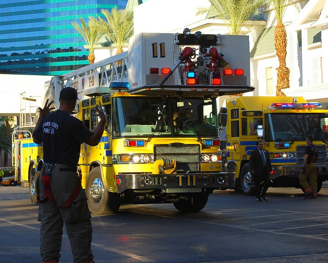 Clark County Fire Department. Tower 11 and engine 11....las vegas, Nevada