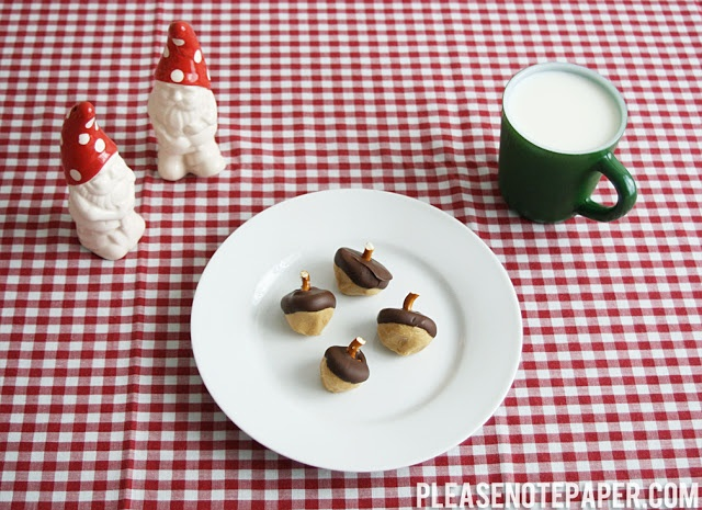 Chocolate Peanut Butter Acorns | Give me all the Eggs & Bacon you hav ...