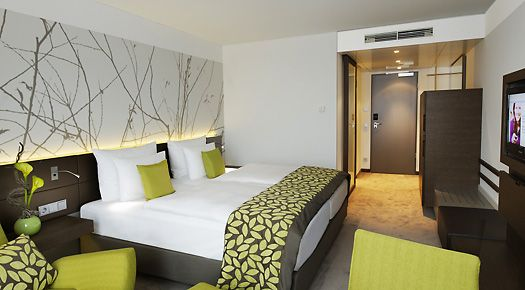 Schlafzimmer ideen braun grün  Farbkonzept grau braun + grün aus Atlantic Congress Hotel ...