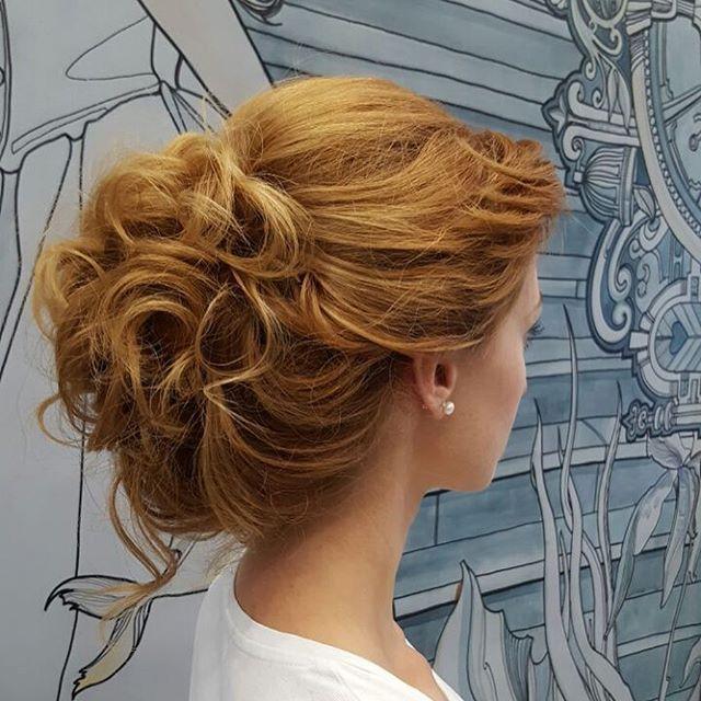 "Top 100 hairstyles for round faces photos Работа  Стилиста - Урожаевой Татьяны ""Вечерняя причёска"" Stylist Job - Urozhaevoy Tatiana  ""Evening hairstyle"" - - - #cut #hair #hairstyle #beauty #barber #style #zerru  #moscow #moscowstyle #top #topstyle #eveninghairstyle #центркрасоты #стилисты #стиль #салонкрасоты #салонкрасотымосква  #укладка #москва #прическа #вечерняяприческа See more http://wumann.com/top-100-hairstyles-for-round-faces-photos/"