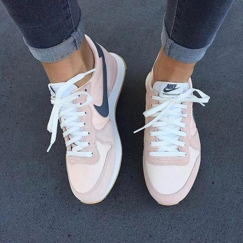 reputable site 8059f 77fd2 Tendance Chausseurs Femme 2017 Sneakers Rose poudré Nike  Highheels