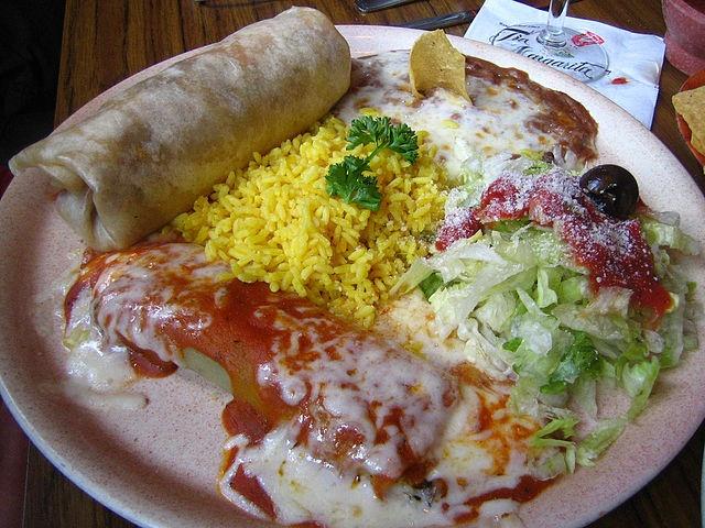 Burrito Dinner: Burritos Dinner, Mexicans Food, Southwest Grilled, Burritos Recipe, Moe Southwest, Mexicans Meals, Grilled Recipe, Chicken Burritos, Dinner Recipe