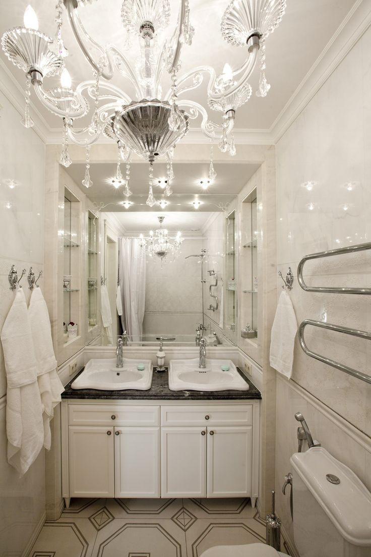 Классическая ванная комната с мебелью собственного производства IDC Collection