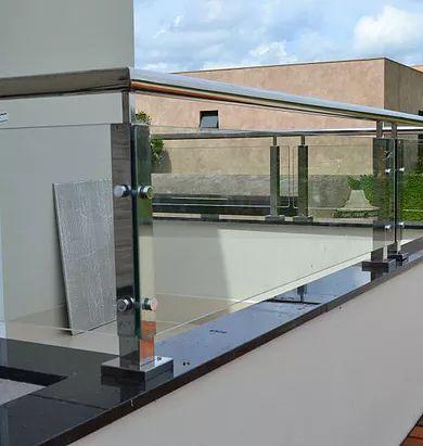Deck WPC,Limpeza de Fachada, Instalação Fachada ACM,Comunicação Visual   Corrimão - Guarda Corpo Inox