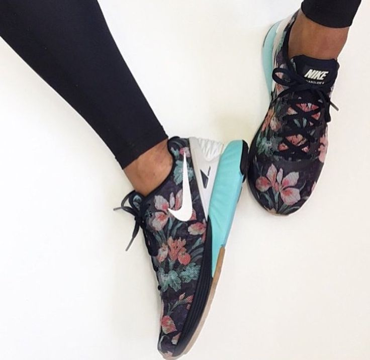 Floral sneakers yes please